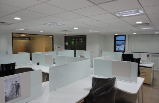 Plug and Play office space for rent in Bangalore M G Road